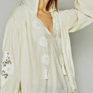 Beautiful blousey top.  Hooded and detailed.
